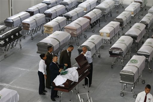 Llegan a Chapecó los cuerpos de víctimas de accidente aéreo