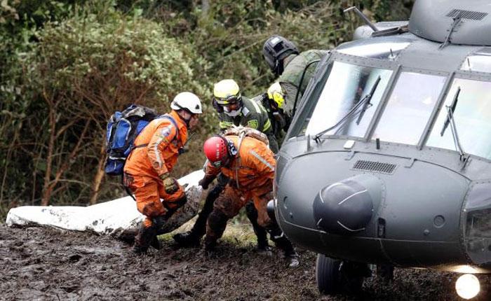 Autoridades colombianas revelan que avión del Chapecoense volaba con combustible al límite y exceso de peso