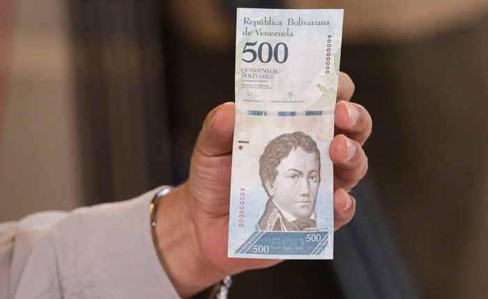 Un país sin dinero, por Naky Soto