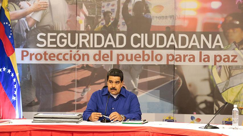 Maduro hace un