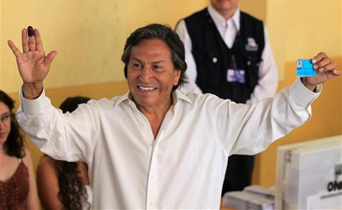 Perú pide a EEUU que deporte a prófugo ex presidente Toledo
