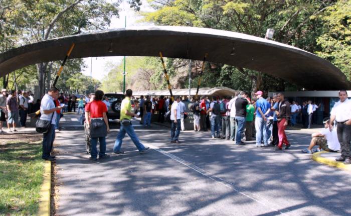 Universidades irán a paro nacional este viernes para exigir mejoras de salarios y contrataciones