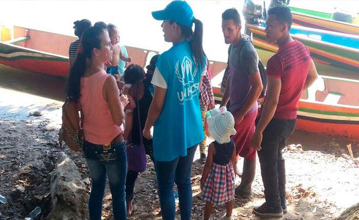 Acnur y la OIM instan a países de la región a acoger migrantes que abandonan Venezuela