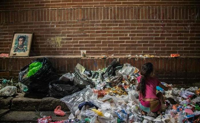 La basura, despensa del hambre en Venezuela