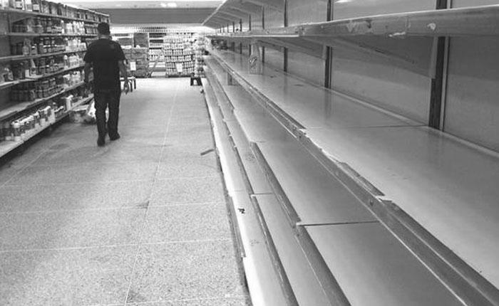 Consumidores dicen que control de precios reforzará desabastecimiento