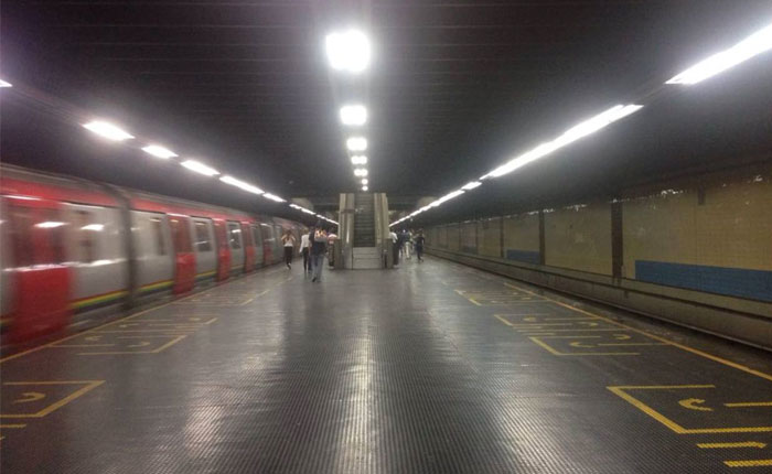 """Cerradas 13 estaciones del Metro de Caracas """"en resguardo de usuarios"""""""