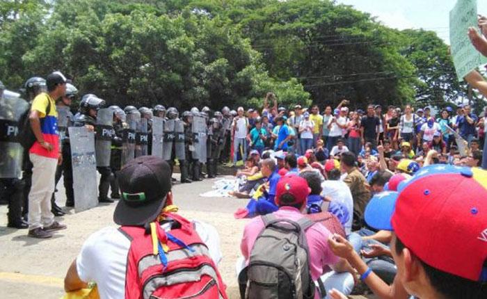 33 GN detenidos por allanamiento a la Universidad de Carabobo