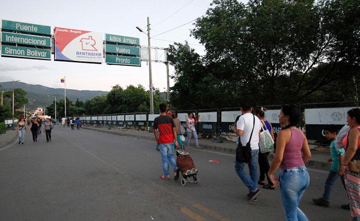 Venezolanos llegan Colombia y se comienza a sentir como una crisis de refugiados