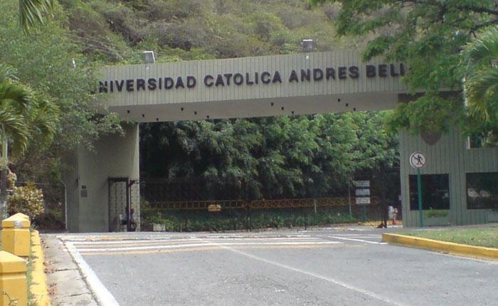 Ucabistas piden la liberación de los directivos de la Fundación Embajadores Comunitarios