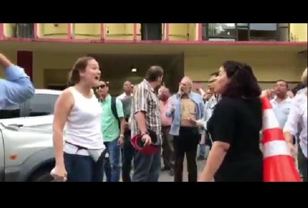 [Videos] Acto en apoyo al Gobierno venezolano termina en trifulca en Panamá