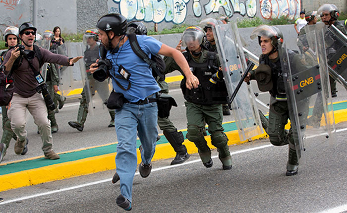 SNTP: Hubo casi 500 violaciones a libertad de expresión en Venezuela durante 2017