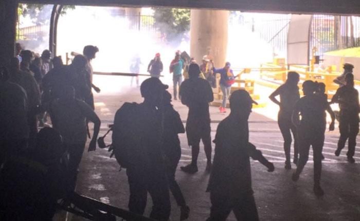 GNB reprimió a manifestantes en Altamira, CCCT, La Candelaria y San Antonio de Los Altos