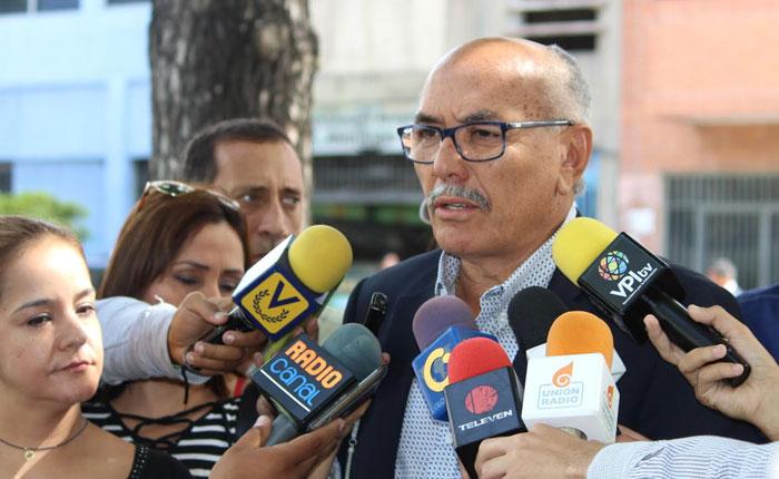 Ismael García solicitó al MP adelantar juicio por corrupción contra Carlos Osorio