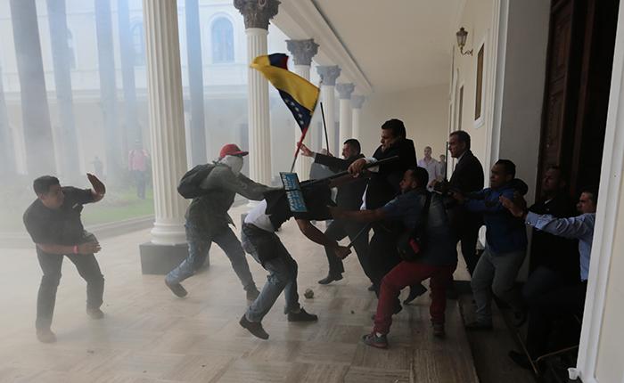 Más de 15 países condenaron el ataque a la Asamblea Nacional