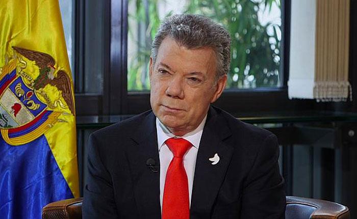 Santos empeñado en impulsar transición democrática en Venezuela