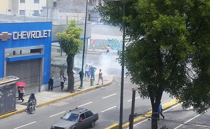 La represión se mantiene en los trancazos de Caracas