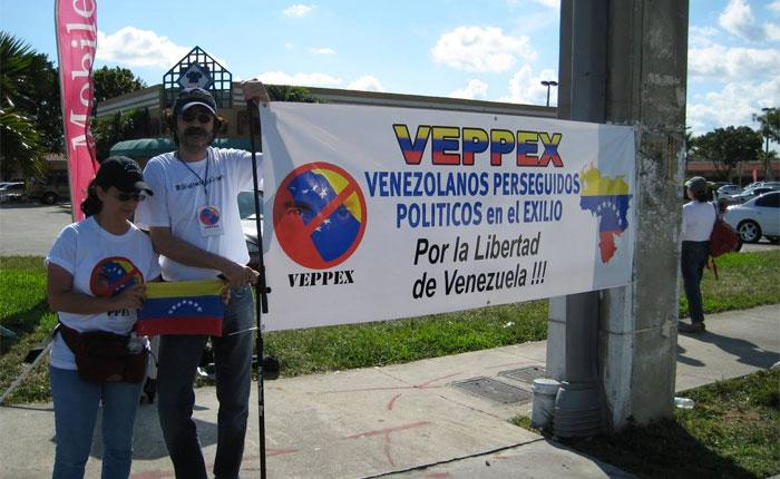 Exiliados venezolanos piden a Eurocámara que sancione a Maduro