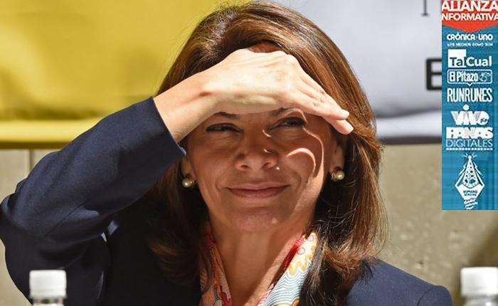 """Ex presidenta Laura Chinchilla ve un """"escenario complejo"""" en Venezuela"""