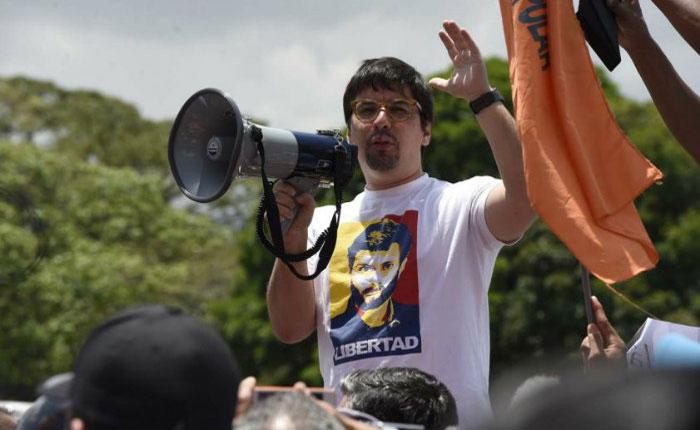 Sebin retuvo a Guevara y su equipo en el peaje de Puerto Cabello