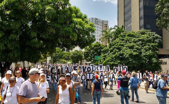 Fotos | Miles de caraqueños marcharon este sábado en apoyo a alcaldes perseguidos