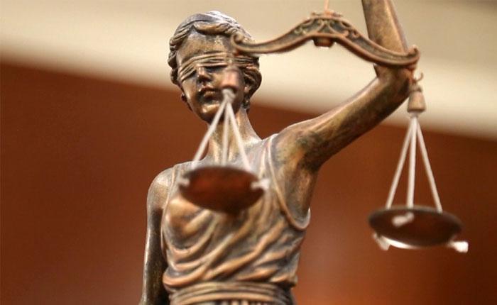 Sordos ante la injusticia, por Jesús María Casal