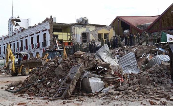 Asciende a 305 cifra de muertos por terremoto en México