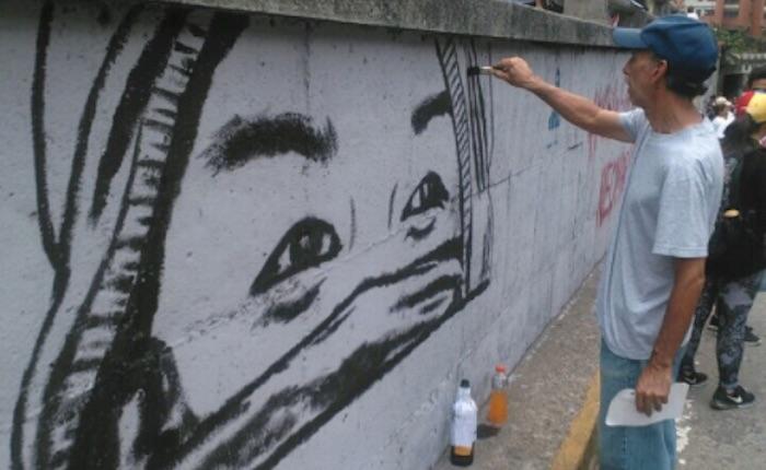 Reponen tributo a Neomar Lander en la avenida Libertador