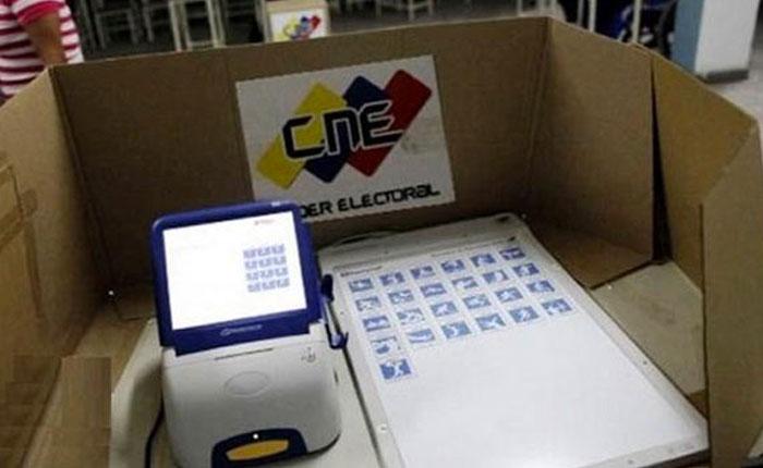 El CEP-UCAB repudió la reubicación de 715 mil electores para las elecciones del #15Oct