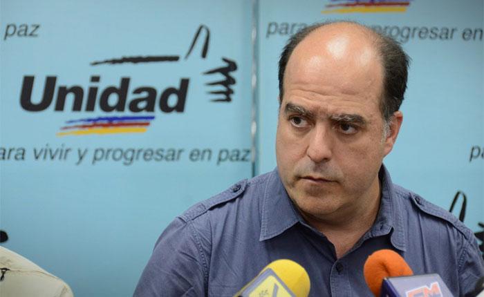 Julio Borges: Prioridad en el diálogo es la comida y alimentos