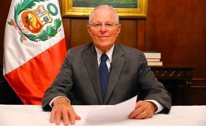 "Kuczynski afirma que Perú afronta ""un golpe de Estado disfrazado"""