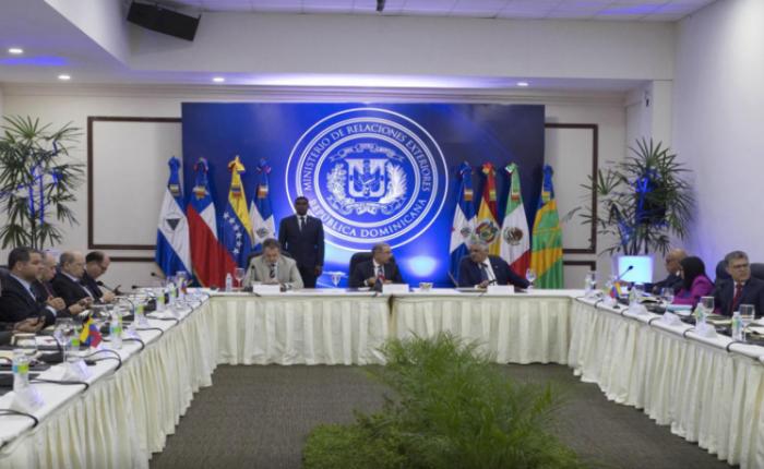 Oposición venezolana y mediadores llegaron a la Cancillería de República Dominicana