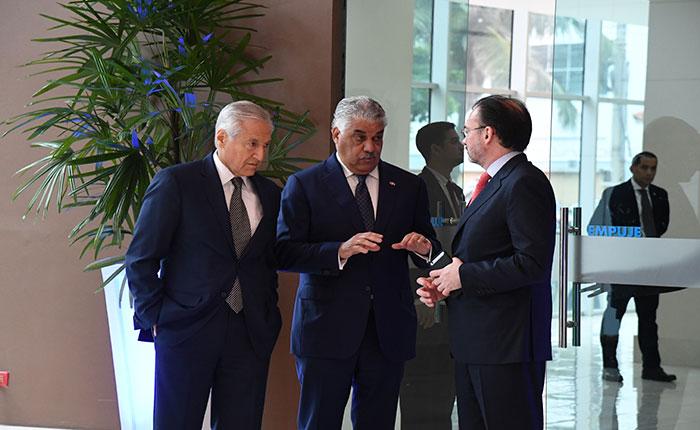 Informe Otálvora: Crece escepticismo internacional por negociación Maduro-Oposición