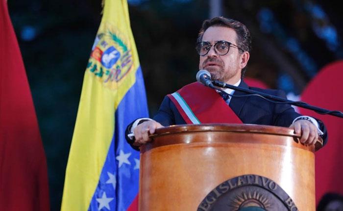 "Rafael Lacava propone solventar crisis de transporte en Carabobo con ""Transdrácula"""