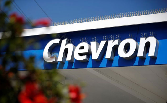 Excarcelan a los dos gerentes de Chevron detenidos en abril