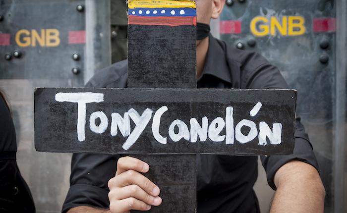 Protestas 2017 | Tony Canelón, la víctima que relató su propia tortura