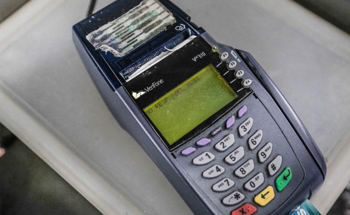 Banca pública aumenta más los montos a tarjetas de crédito sin importar el riesgo
