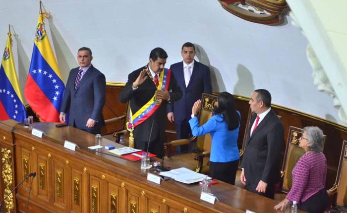 Los mejores momentos de la no juramentación de Maduro ante la anc