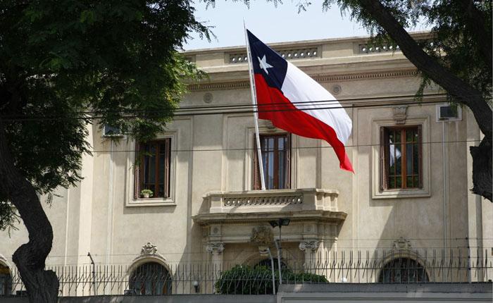 Nuevo visado ayudará a ubicar inmigrantes según necesidades laborales en Chile