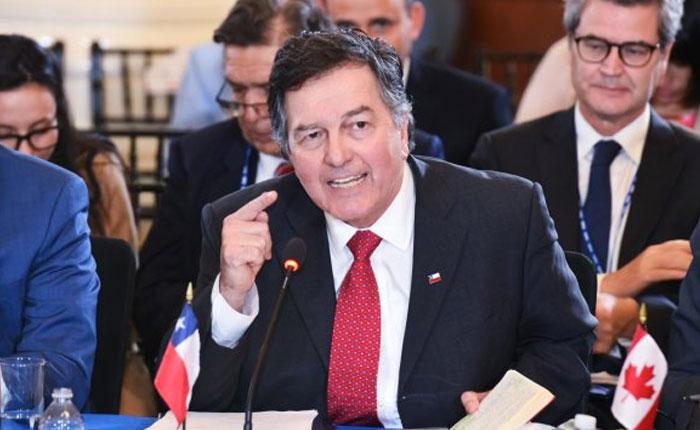 Canciller chileno fustiga a Arreaza en la OEA: es la ilustración perfecta del régimen de Maduro