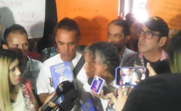 Enfermos crónicos protestaron frente al Ministerio de Salud exigiendo dotación de insumos médicos