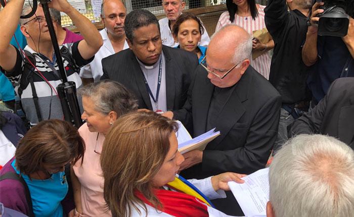 Trabajadores del sector salud obtuvieron el apoyo de la Conferencia Episcopal Venezolana