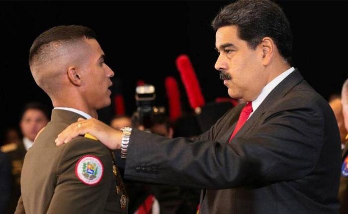 Juramento a Nicolás… ¿en serio? -  por Carlos Blanco
