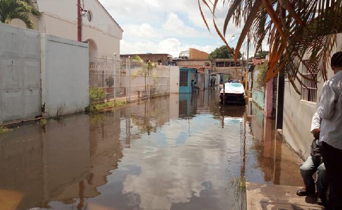 Río Caroní alcanza la cota de alerta roja e incrementa las inundaciones en Ciudad Guayana