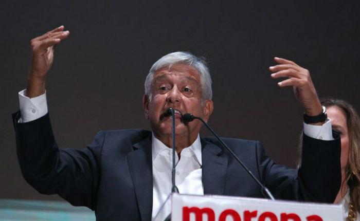 López Obrador gana la Presidencia de México y oponentes admiten la derrota