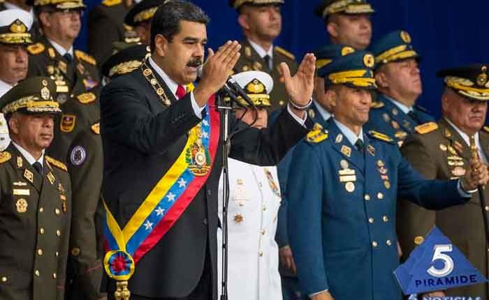 Maduro dice que a autores de supuesto atentado en su contra los entrenaron en Colombia