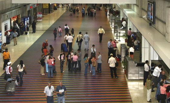 Cierran entidades bancarias que operaban en el aeropuerto internacional de Maiquetía
