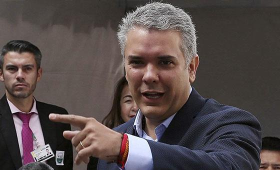 Iván Duque pidió a Cuba capturar y entregar a negociadores del ELN