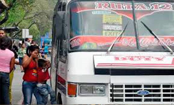 Reportan paro de transporte en Baruta para exigir aumento del pasaje