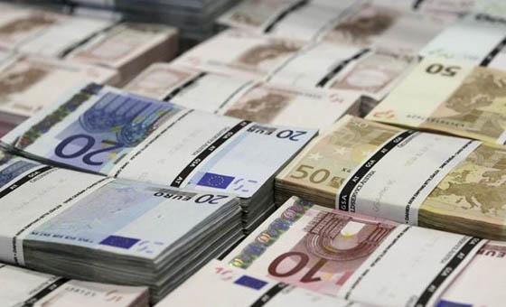 Suiza pone fin al secreto bancario y empieza a intercambiar información financiera