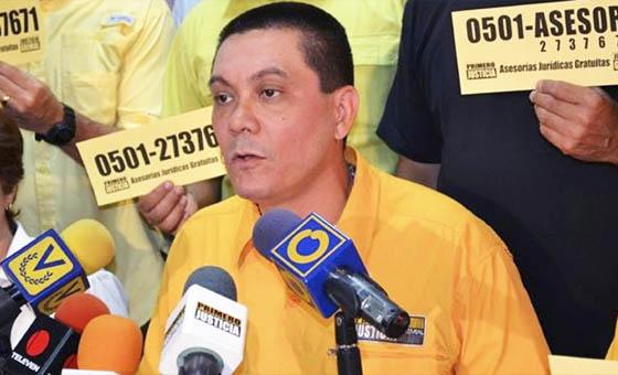 Diputados de PJ exigieron a las afueras del Sebin justicia para Fernando Albán